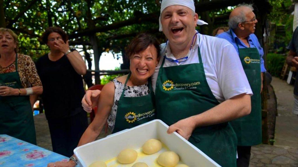Make pizza from scratch in Amalfi